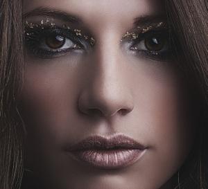 artistic gold makeup